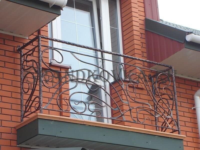Фото кованого балкона 11