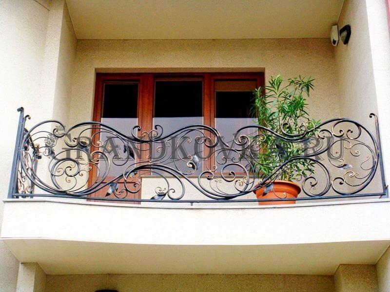 Фото кованого балкона 13