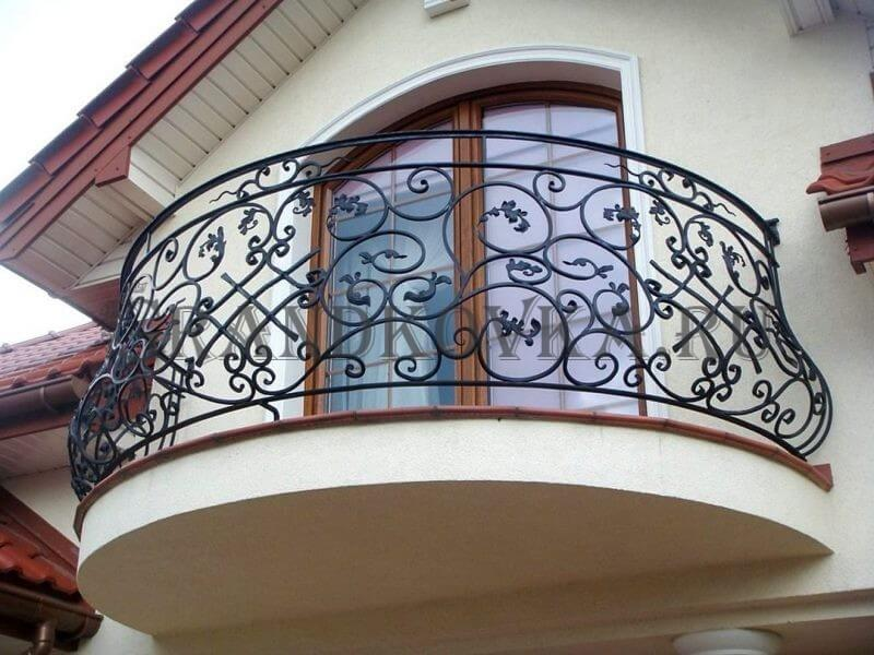 Фото кованого балкона 14