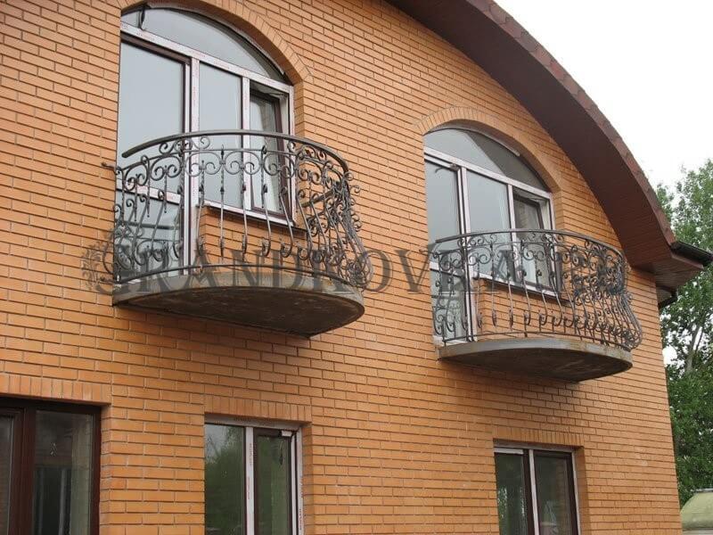 Фото кованого балкона 23
