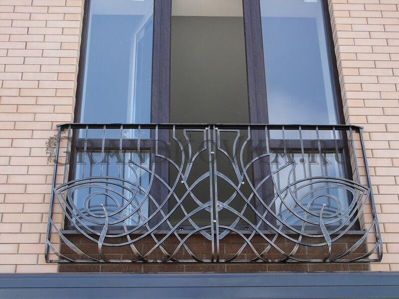 Фото кованого балкона 8