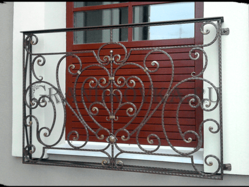 Фото французского кованого балкона 10