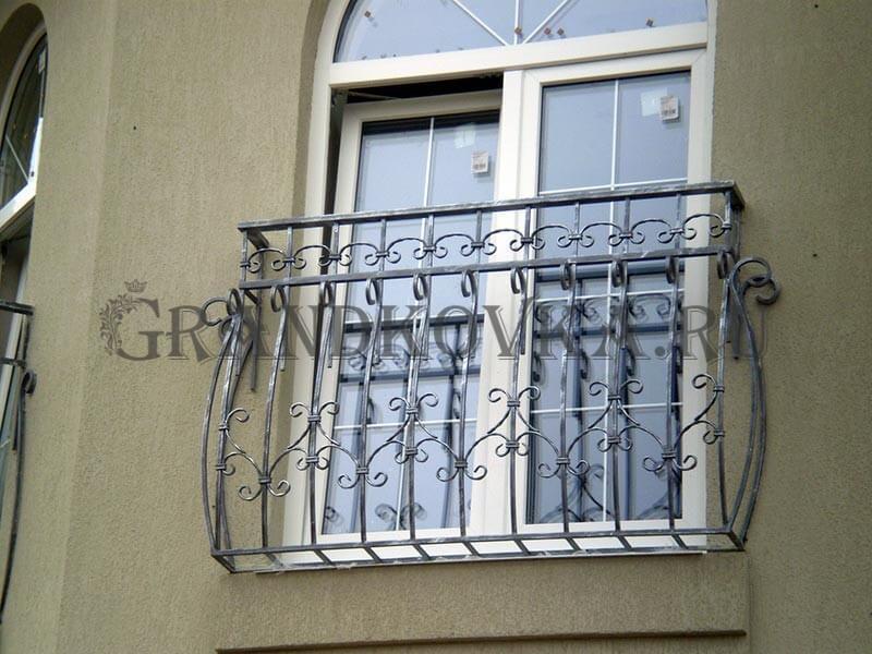 Фото французского кованого балкона 15