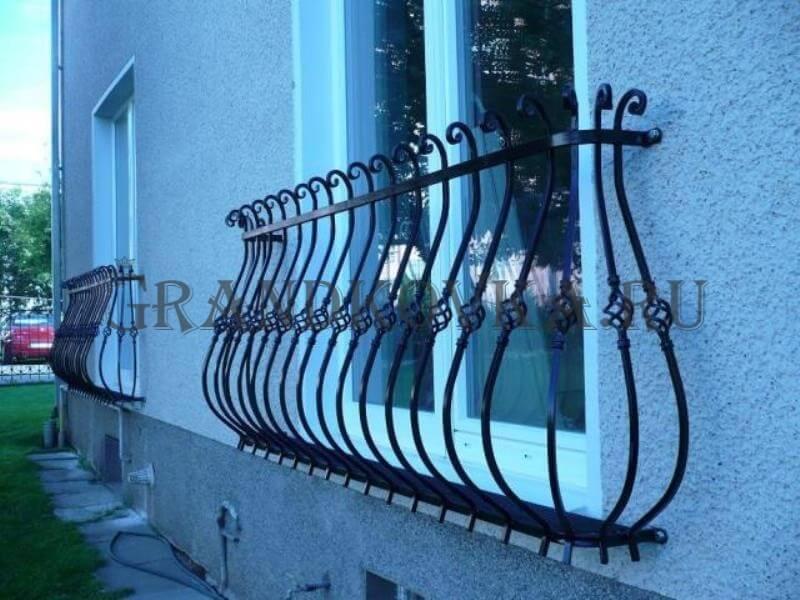 Фото французского кованого балкона 18