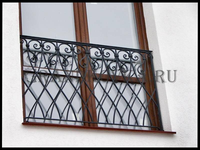 Фото французского кованого балкона 2