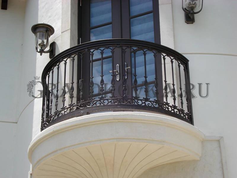 Фото французского кованого балкона 3