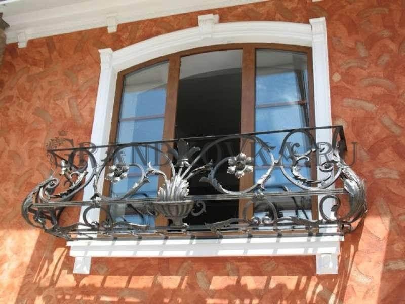 Фото французского кованого балкона 4