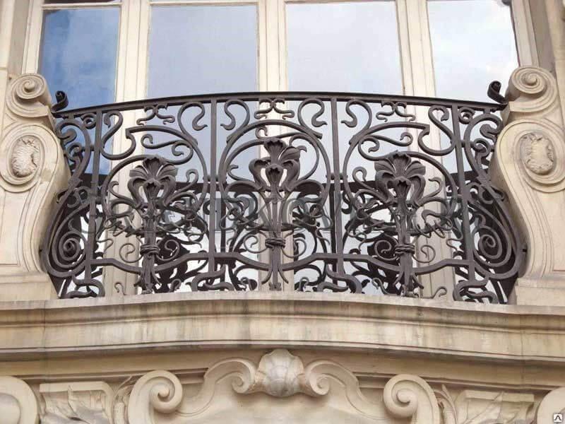 Фото французского кованого балкона 5