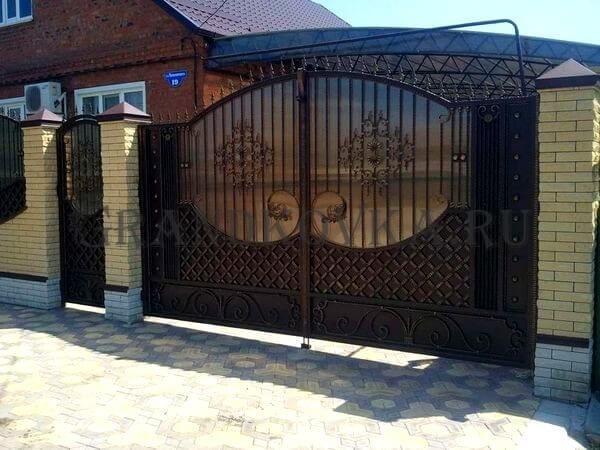 Фото кованых распашных ворот 110