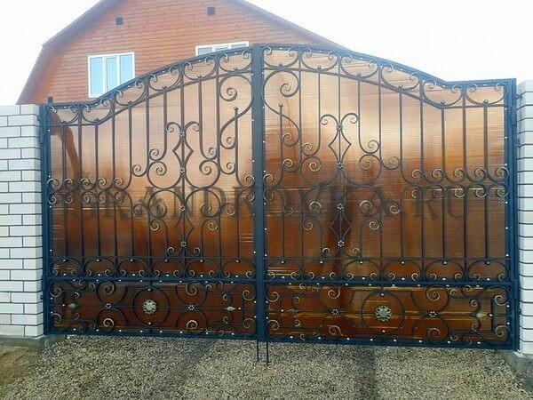 Фото кованых распашных ворот 118