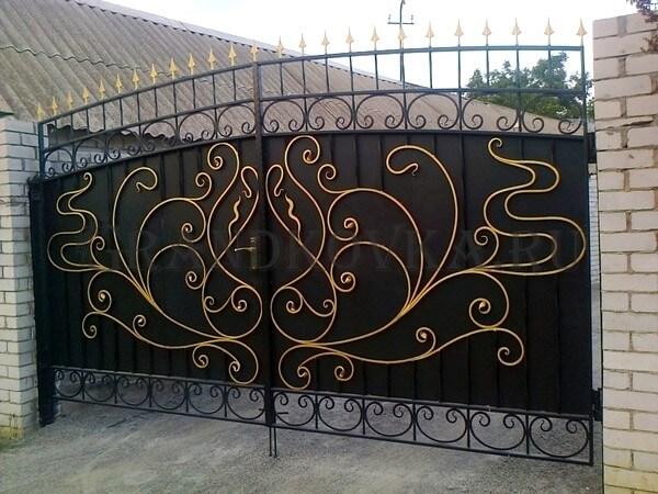 Фото кованых распашных ворот 141