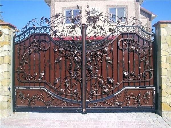 Фото кованых распашных ворот 147
