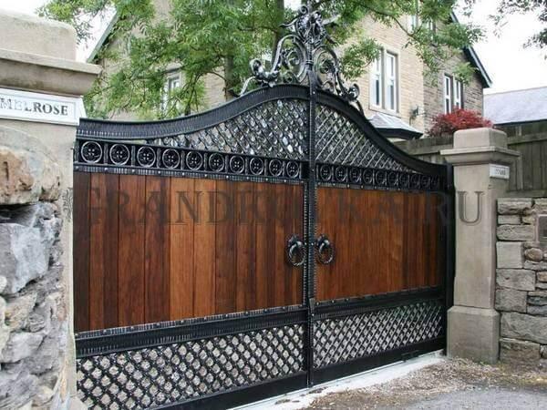 Фото кованых распашных ворот 151