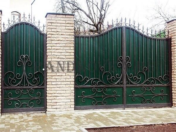 Фото кованых распашных ворот 157