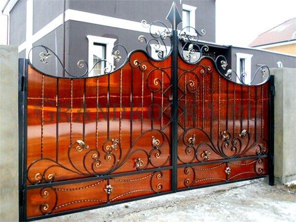 Фото кованых распашных ворот 173