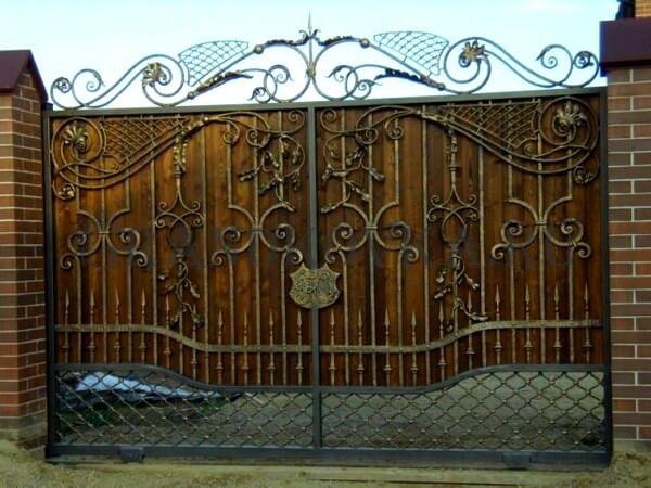 Фото кованых откатных ворот 206