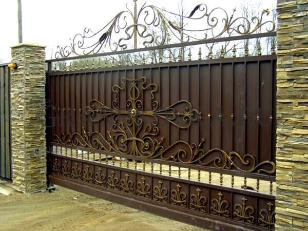 Фото кованых откатных ворот 217