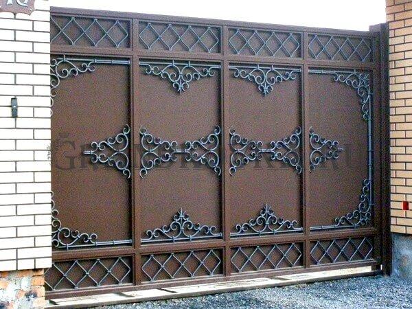 Фото кованых откатных ворот 218