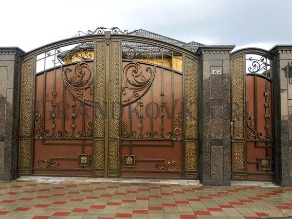 Фото кованых распашных ворот 42