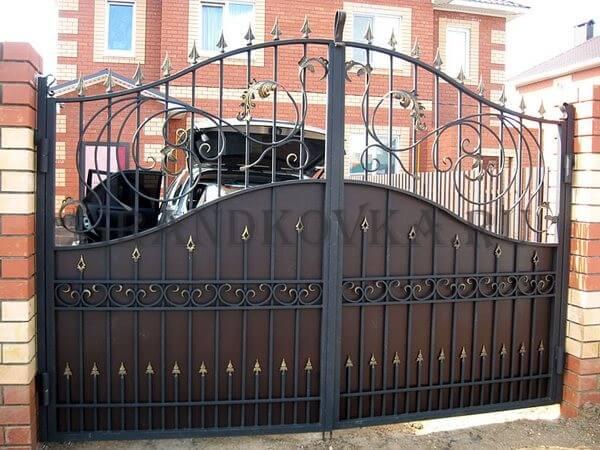 Фото кованых распашных ворот 61