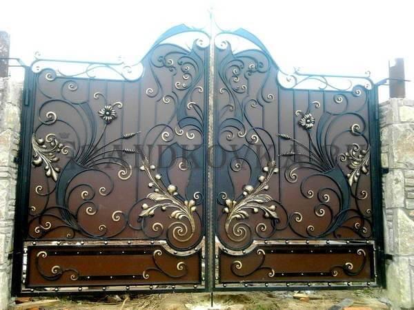 Фото кованых распашных ворот 65