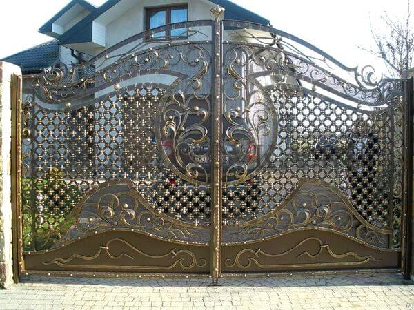 Фото кованых распашных ворот 68