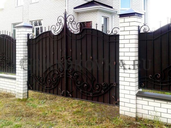 Фото кованых распашных ворот 84