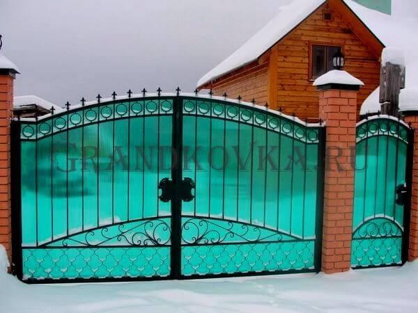 Фото кованых распашных ворот 91