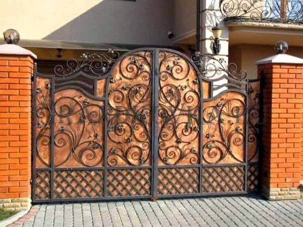 Фото кованых распашных ворот 95