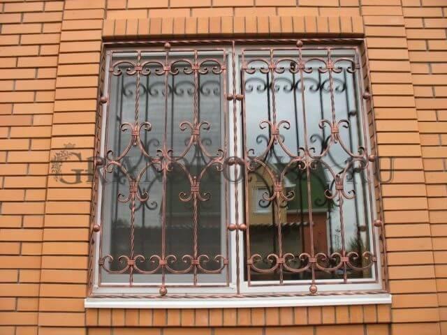 Решетка на окно с завитками КРЕШ-78