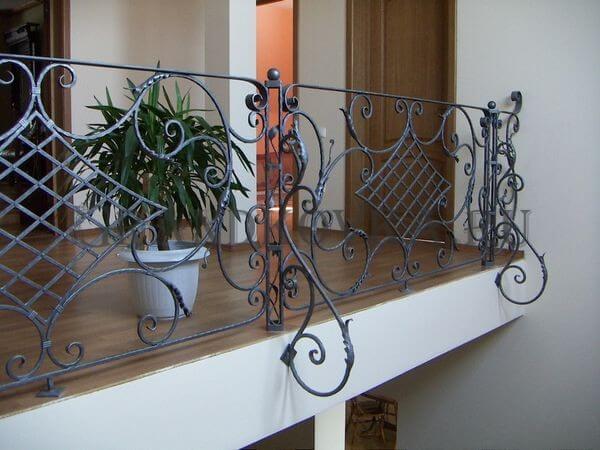 Фото ограждения для лестницы 5