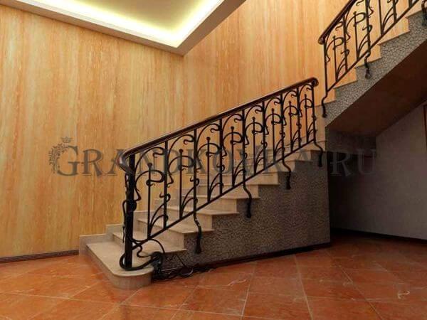 Фото кованой лестницы на второй этаж дома 3