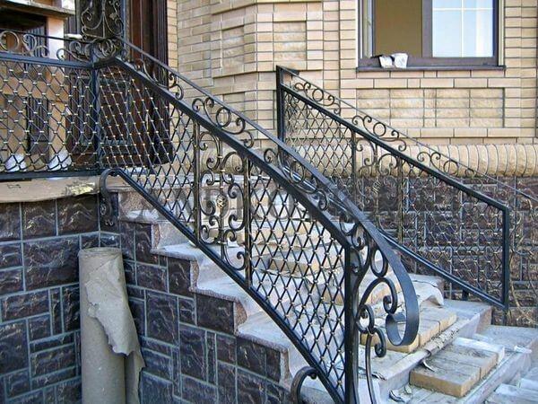 Фото лестницы для крыльца 15